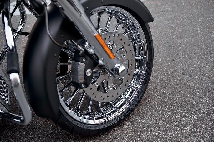 2020 P&A FLHX Wheel