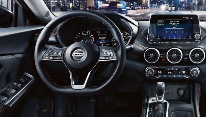 2020_NissanSentra_Interior