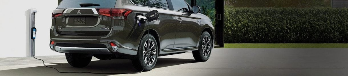 A PLUG-IN HYBRID. NOW IN SUV SIZE