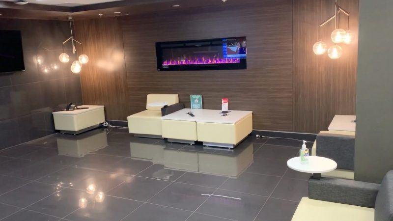 clean lobby
