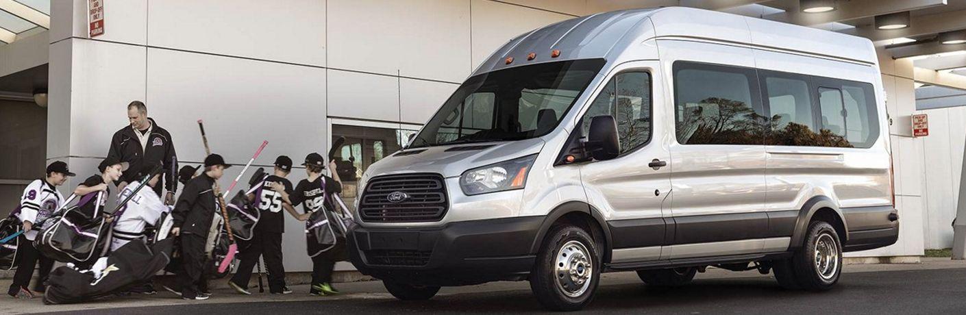 2019-Ford-Transit-Passenger-Van-A-3_o