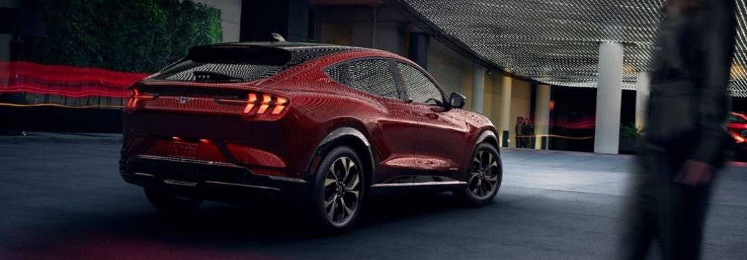 2021-Ford-Mustang-MACH-E-rear-view-parked_o
