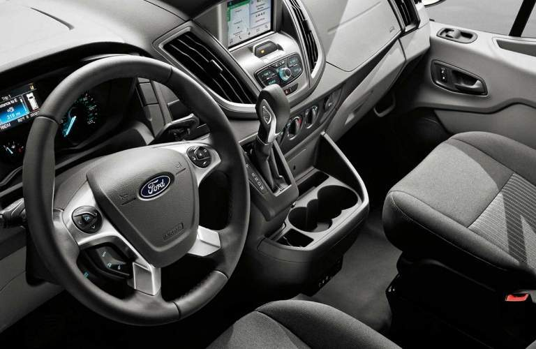 Dashboard_and_Passenger_Seat_of_2018_Ford_Transit_Cutaway_o