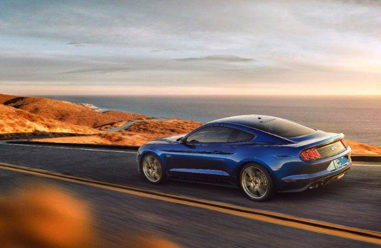 New_2018_Ford_Mustang_four-cylinder_engine_option_sssso
