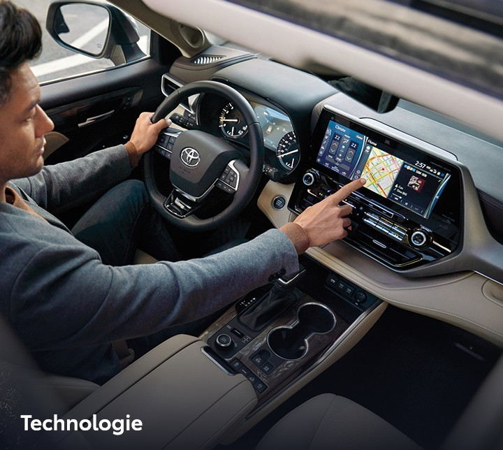 St-Hubert Toyota Highlander 2021 Technologie